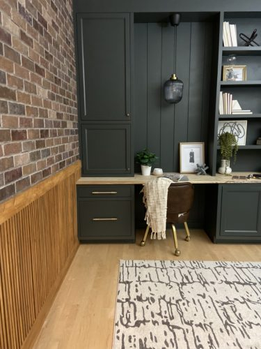 One Room Challenge Week 7 – Faux brick and finishing details